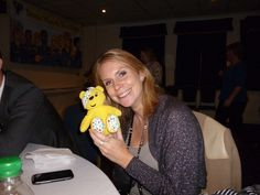 Suzy Wood, Centre Director for Centre Court Shopping Centre in Wimbledon supports the Paul Strank Roofing Photothon with Pudsey! #pudsey #cin #pudseyphotothon
