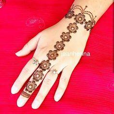 Design Swirls And Tulip Mehndi Designs: Easy and Henna Hand Designs, Mehndi Designs Finger, Henna Tattoo Designs Simple, Mehndi Designs For Kids, Indian Mehndi Designs, Mehndi Designs 2018, Modern Mehndi Designs, Mehndi Designs For Beginners, Mehndi Design Pictures
