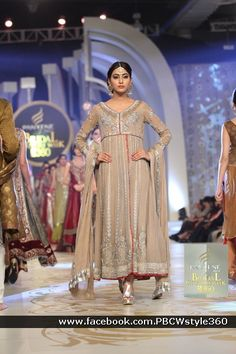 LAJWANTI, Pantene Bridal Couture Week 2013, Wedding, Bride, Groom, Beautiful, Style, Fashion trends, Designers, Pakistani Designers, International Designers, Asian dresses, sharara, ghagra choli, sarees, jewelry, jhumkas, chorian, bangles, gold designs, Style360, PBCW, BCW, HUM2, HUM TV, PAKISTANI FASHION SHOW, 2013. www.hum.tv