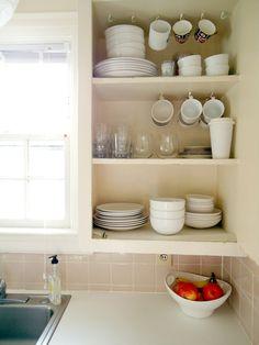 Liz's Tiny Yet Well-Edited Rental Kitchen  Kitchen Spotlight