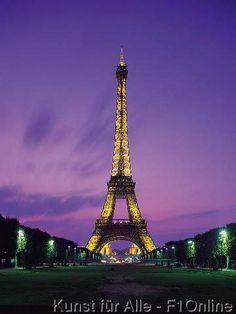 Beleuchteter Eiffelturm, Abendstimmung