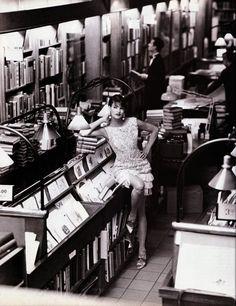 """Storia di un sogno"": Linda Evangelista in Manhattan by Steven Meisel for Vogue Italia"