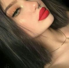 Pretty makeup ideas for this year. Cute Makeup, Glam Makeup, Pretty Makeup, Makeup Inspo, Makeup Art, Makeup Inspiration, Hair Makeup, Makeup Style, Makeup With Red Lipstick