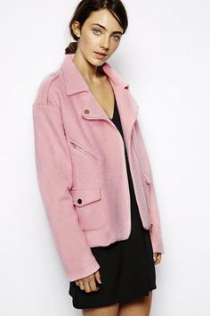 LE FASHION BLOG PERFECT PINK MOTO JACKET PASTEL PINK WOOL BIKER JACKET SISTER JANE ASOS 2 photo LEFASHIONBLOGJUSTFEMALEPERFECTPINKMOTOJACKET...