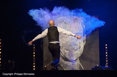 Glue and glitter performance in Strasbourg, France | Entertainment agency | Corporate entertainment