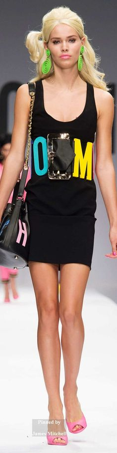 Moschino Collection Spring 2015 Ready-to-Wear