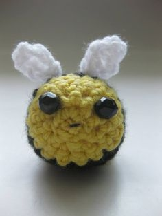 Beebel Bee Crochet bee with wings and beads for eyes 5cm diameter