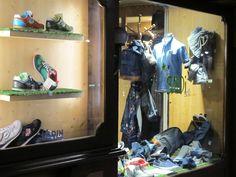 SALDI! SALE! Avanti tutta con promozioni e offerte che vanno dal 20% al 50% su tutta la merce primavera estate. Siete attrezzati per combattere l'anticiclone? Bermuda, canotte, tshirts a partire da € 19/29/39/49/59/69...e molto altro... #saldi #sale #promozioni #offerte #pe2015 #primavera #ss15 #followthebuyer #fashion #instafashion #instamood #instablogger #Moena #Dolomiti #Valdifassa #LSF #ladinsport