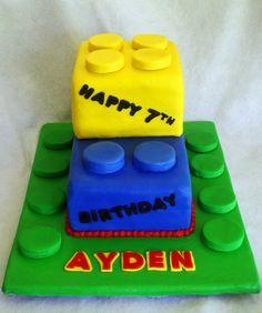 Lego Cake and 49 more easy kids' birthday cakes Easy Cakes For Kids, Cakes For Boys, Kid Cakes, Teen Cakes, Beautiful Cakes, Amazing Cakes, Shark Cake, Lego Cake, Creative Cakes