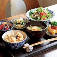日本人ならきちんと知っておきたい、正しい「和食の並べ方」
