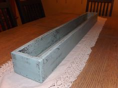 Table trough/Table centerpiece/Flower box/Planter box/Wedding centerpiece/Wood crate box/Indoor/Outdoor/Succulent planter