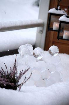 DIY Ice Globe Lantern / Jäälyhty ilmapalloista