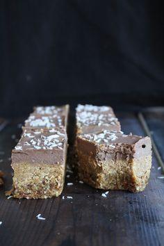 This Rawsome Vegan Life: chocolate cream caramel bars