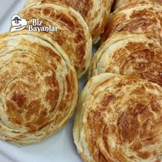 cevizli rulo kete tarifi Breakfast Toast, Breakfast Items, Peanut Butter Chocolate Bars, Easy Eat, Homemade Snickers, Food Categories, Fudge Recipes, Sweet And Salty, Recipe Of The Day