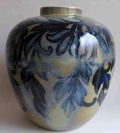 Rosari 27 cm high, 26 cm wide. Vases, Design, Home Decor, Decoration Home, Room Decor, Home Interior Design, Vase, Home Decoration