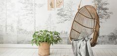 Bij fotobehang Nordic Moods staat de Scandinavische natuur centraal. De stijlvolle collectie met fraaie silhouetten komt van de hand van de Noorse designgroep Scandinavian Surface. Interieur i...