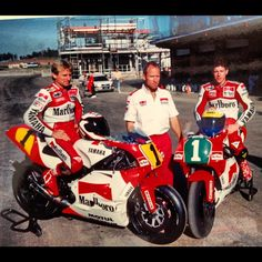 Eastern Creek, Sydney. Kenny Roberts Snr, with Wayne Rainey and  John Kosinski. Note tower being built in background.