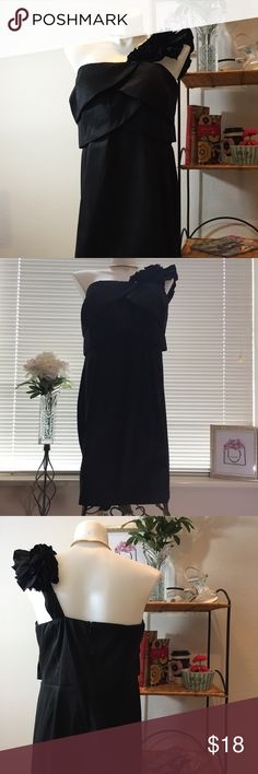 ♥️ Lovely Little Black Dress Right above the knee. Condition: Excellent, like new. Dresses