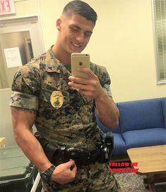 Marine) hunks look best on their knees - adorable. Sexy Military Men, Army Men, Hot Guys, Hot Men, Hunks Men, Hommes Sexy, Men In Uniform, Raining Men, Muscle Men