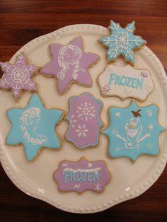 FROZEN COOKIES Set silhouette Disney Cookies, Frozen Cookies, Frozen Cake, Frozen Birthday, Baby Birthday, Birthday Ideas, Frozen Silhouette, Disney Ideas, Cookie Ideas