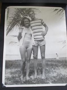 1940s couple in hawaii