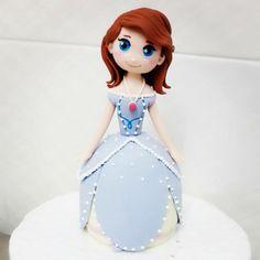 Princess Sofia #ihavesweettooth #fondant #figurine #princess#princesssofia