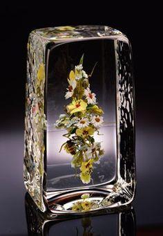Paul Stankard glass | Paul Stankard - glass flowers in crystal block. I saw an article on Mr ...