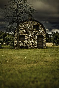 "I have always been attracted to and intrigued by old barns, since growing up on a farm with a ""Mail Pouch Tobacco"" barn. I would love to see this little Rock barn, I wonder where it is. I'd like to start a whole new board of just barns! Stone Barns, Stone Houses, Stone Cottages, Stone Cabin, Country Barns, Old Barns, Barn Quilts, Old Buildings, Covered Bridges"