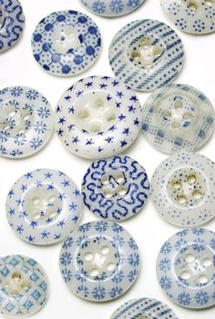 Beautiful Blue Antique China Calico Buttons More
