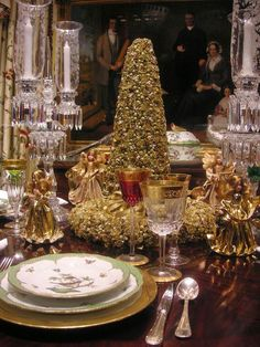 27 Amazing Christmas Tablescapes Ideas To Try This Christmas - Feed Inspiration