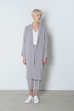 LIGHT GRAY Jacket 4088 Lightweight, tailored and sophisticated; With a long blazer-inspired design | Oak and Fort