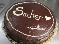 Gluteiiniton Sacher