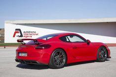 Le GT4 est une savante combinaison de Cayman GTS, 911 Carrera S et GT3. © PORSCHE