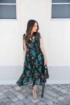 New York & Company printed floral maxi dress on The Fashionista's Diary