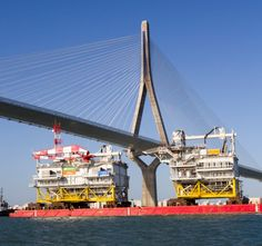 Massive Substation 'Andalucía' Sets Sail For 350 MW German Offshore Wind Farm
