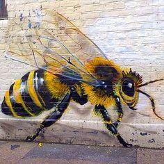 Save the bee - London graffiti - Work by Louis Masai Grafitti Street, 3d Street Art, Graffiti Art, Banksy, Amazing Street Art, Insect Art, Bee Art, Save The Bees, Bees Knees