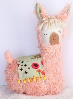 Alpacas, Llama Stuffed Animal, Stuffed Animal Patterns, Stuffed Animals, Sewing Toys, Sewing Crafts, Sewing Projects, Llama Pillow, Rainbow Bedding