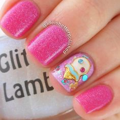 Spring break is a time that everyone cannot wait for. Use these nail art ideas as your weapon of choice and you will always look irresistible and bright, no matter where you go! Take a pick!#nails#nailart#naildesign#springbreaknails