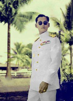 King Bhumipol, King Rama 9, King Of Kings, King Queen, King Thailand, Queen Sirikit, Bhumibol Adulyadej, King Photo, Great King