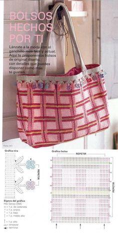 Bolsa tejida en crochet con una puntada muy cerrada y por lo tanto un estambre que se teja con agujas del 2.5 o 3 mm.