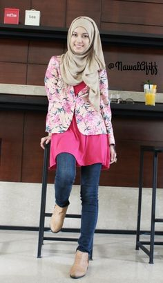 Jeans, pink shirt, floral blazer, neutral scarf, neutral ankle boots