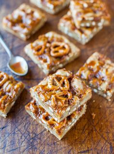Be Foodie » Salted Caramel Pretzel Blondies