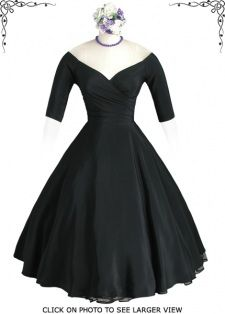 Beautiful 50s gown.