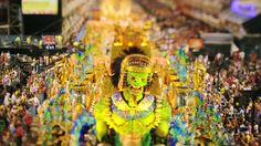 The City of Samba (5:47) ➤ http://www.youtube.com/watch?v=XboAeIjcs2E - Tilt shift of the Carnaval party in Rio de Janeiro 2011 - Made by Jarbas Agnelli and Keith Loutit