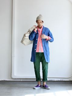 How to Wear a Pink Shirt For Men looks & outfits) Japan Fashion, Mens Fashion, Fashion Trends, Japanese Fashion Men, Street Fashion, Streetwear, Look Man, Engineered Garments, Textiles