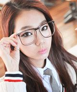 squarrish clear dorky eyeglasses  CODE: QN26832  Price: SG $32.35 (approx US $26.09)