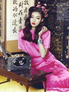 modelchoi-ara:  Choi Ara by Zoo Young Gyun for Vogue Girl Korea Feb 2012