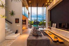 Casa moderna e com decoração elegante por Spagnuolo Arquitetura