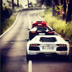 cars  ✯