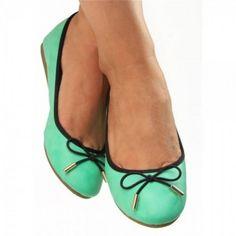 Egal ob zum Einkaufsbummel oder im Sommerurlaub. #Ballerinas passen immer und sehen super aus.   Unser Preis: 10,50 €